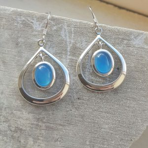 Celtic Loop Blue Onyx Agate Earrings