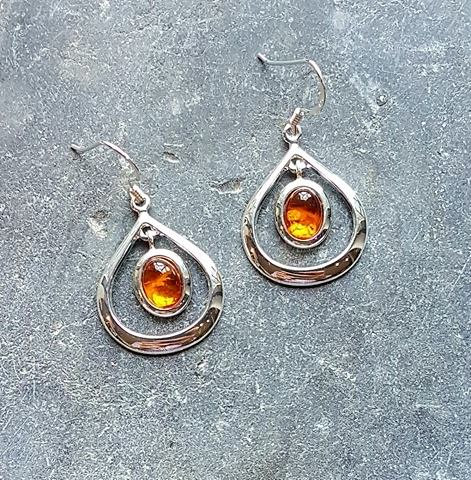 Celtic Loop Amber Earrings